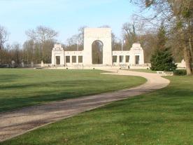 memorial2-light