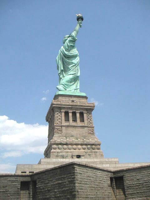 Statue of Liberty, Piedestral Richard Morris Hunt
