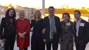 U.S. Consul General Monique Quesada (left) with members of the Hunt Prize group in Nîmes. Photo U.S. Consulate General, Marseille